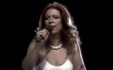 Beth Carvalho canta 'Xô Gafanhoto'