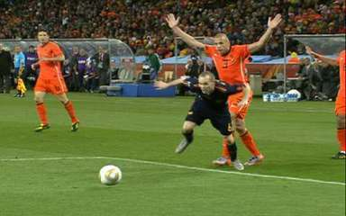 Melhores momentos: Holanda 0 x 1 Espanha pela final da Copa do Mundo 2010