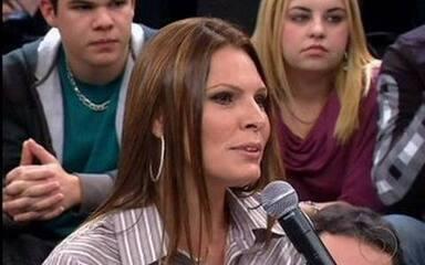 Laura Müller responde a perguntas sobre sexo