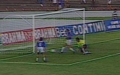 Em 1993, Cruzeiro faz 6 a 0 na goleada sobre o Bahia pelo Campeonato Brasileiro