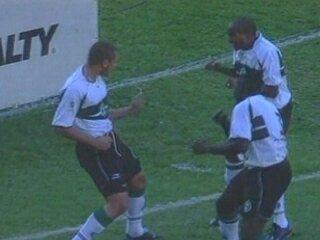 Em 2003, Coritiba vence o Flamengo por 5 x 0 pelo Brasileiro