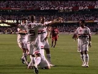 Em 2007, São Paulo bate o América-RN por 3 a 0 na 34ª rodada e conquista o Brasileirão