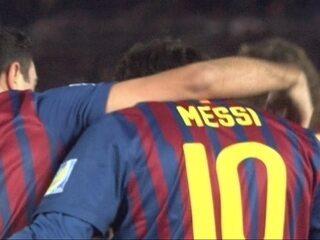 Messi faz dois em goleada do Barcelona sobre o Santos na decisão do Mundial de Clubes de 2011