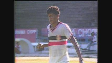 Rivaldo joga pelo Santa Cruz em Pernambuco