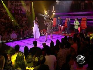 Claudia Leitte e Ivete Sangalo cantam juntas no The Voice Brasil