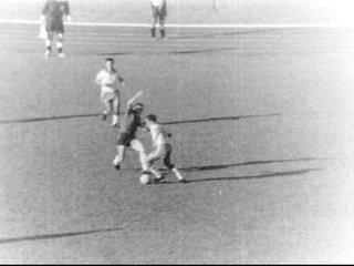 Baú do Esporte: Em 1966, Tostão estreava na Seleção Brasileira contra o Chile