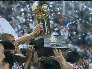 Corinthians derrota São Paulo e conquista mais um título internacional