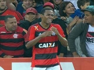 Roger enaltece dedicação do Fla e critica o Cruzeiro: Abdicou de atacar