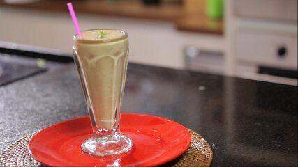 Smoothie de Morango, Banana e Abacaxi