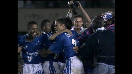 Cruzeiro vence o El Nacional por 2 a 1, e depois nos pênaltis, e se classifica