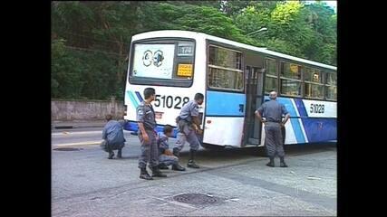 Arquivo: reveja reportagem sobre sequestro do ônibus 174