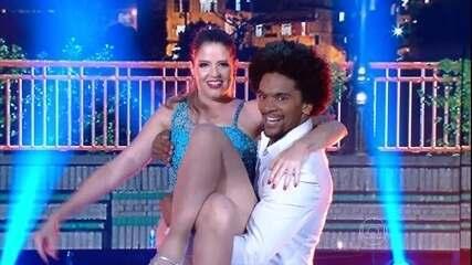 Mariana Santos abre a pista da final do 'Dança dos Famosos 2015'