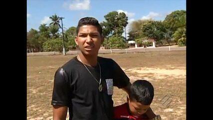 Em 2015, Rony passa férias com a família no interior do Pará