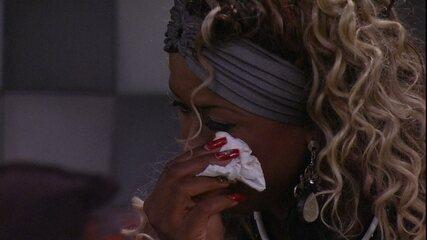 Adélia chora por vontade de comer melancia