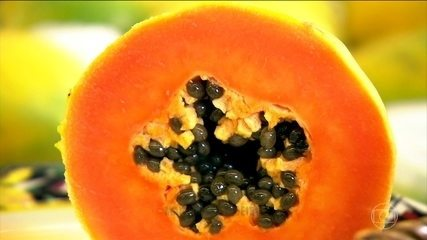 Cascas e sementes do mamão podem ser consumidas