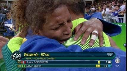 É ouro!!! Rafaela Silva vence final olímpica e garante primeira medalha de ouro do Brasil