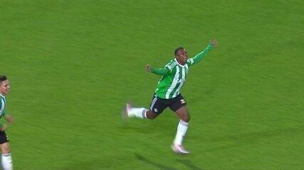 Os gols de Coritiba 2 x 1 Santos pela 21ª rodada do Campeonato Brasileiro