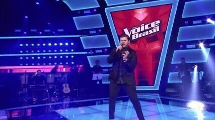 Renan Zonta solta a voz em 'Highway To Hell'