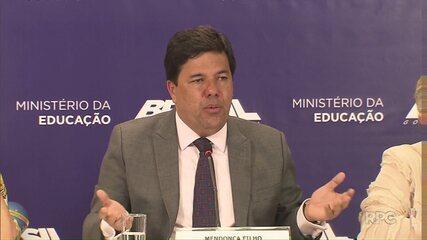 MEC confirma possibilidade de cancelamento do Enem em escolas ocupadas