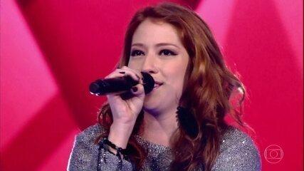 Camila Matoso canta 'Simples Desejo'