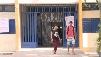 Ocupação de escolas adia prova do Enem para mais de 190 mil alunos