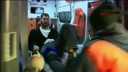 Autoridades procuram homem que invadiu boate na Turquia e matou 39 pessoas