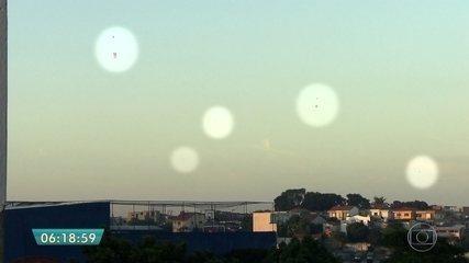 Balões são vistos no céu de São Paulo