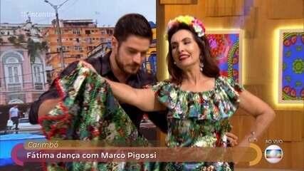 Em homenagem à estreia de 'A Força do Querer', Fátima dança carimbó
