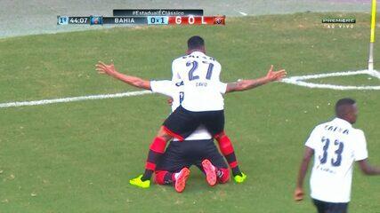 GOL! Cleiton Xavier abre o placar para o Vitória 1 x 0 Bahia