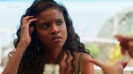 Teaser Malhação 12/04: Tânia e Joana conversam sobre como agir com Caio