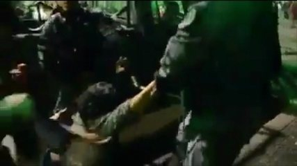 Vídeo mostra mulher arrastada por PMs e discussão entre policiais e manifestantes no Rio