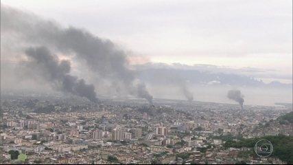 Maio de 2017: Bandidos põem fogo em ônibus e caminhões, fecham vias e causam pânico; polícia diz que foi a quadrilha de Peixão