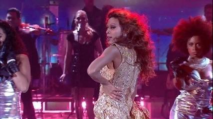Ícaro Silva impressionou como Beyoncé
