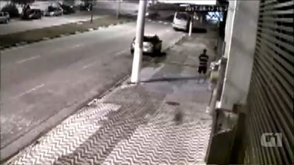 Vídeo mostra acidente com caminhão de lixo que matou coletor em Votorantim