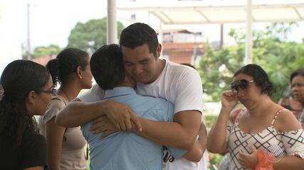 Mulher atingida por bala perdida em Narandiba é enterrada em Salvador