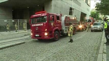 Incêndio atinge anexo do prédio da Academia Brasileira de Letras, no Rio de Janeiro