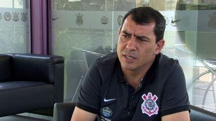 Fábio Carille responde sobre os planos para o atacante Carlinhos