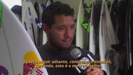 """Mineirinho fala sobre frio, ondas e treino no Japão: """"Me sentindo bem"""""""
