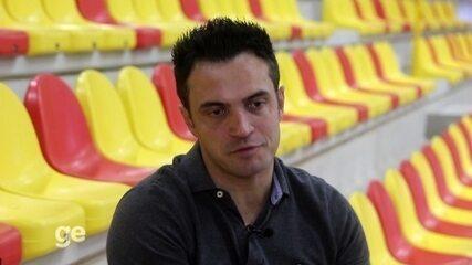 Tudo Menos Futsal: No aniversário de 40 anos, Falcão abre o jogo sobre a vida