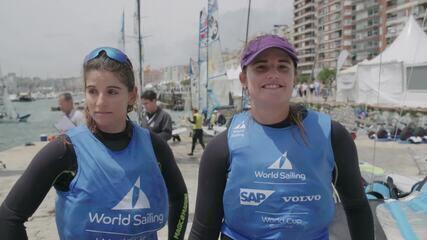 Martine Grael e Kahena Kunze assumem liderança na Final da Copa do Mundo de Vela