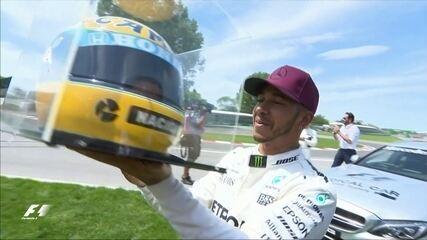 Hamilton iguala número de poles de Senna e ganha réplica do capacete da família do ídolo