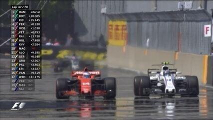 Duelo de gerações: Lance Stroll cola em Fernando Alonso e ultrapassa espanhol