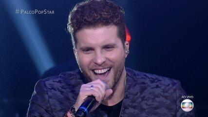 """Thiago Fragoso canta """"Sugar"""" do Maroon 5 e anima a galera"""