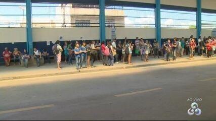 Prefeitura retira ambulantes de terminal em Manaus