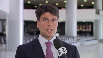 Deputado diz que governo prometeu ajuda de R$13 milhões para as escolas de samba do Rio