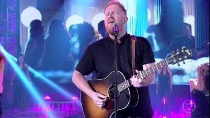 Gavin James canta 'Nervous'
