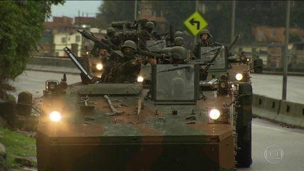 Forças Armadas e polícia fazem megaoperação em favelas no Rio