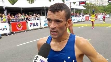 Emocionado, José Marcio da Silva comenta vitória na Meia Maratona do Internacional do Rio