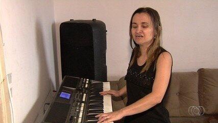Cantora Fabrícia Eges é selecionada para o concurso Novos Talentos da Música Sertaneja