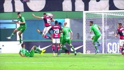 Flamengo e Chapecoense empatam pela Copa Sul-Americana